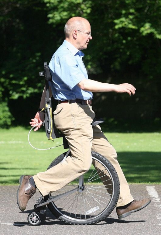 Inventor Creates Bizarre Unicycle