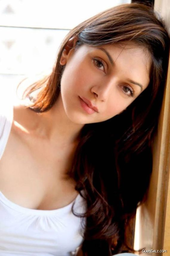Beautiful Bollywood Actress Aditi Rao Hydari
