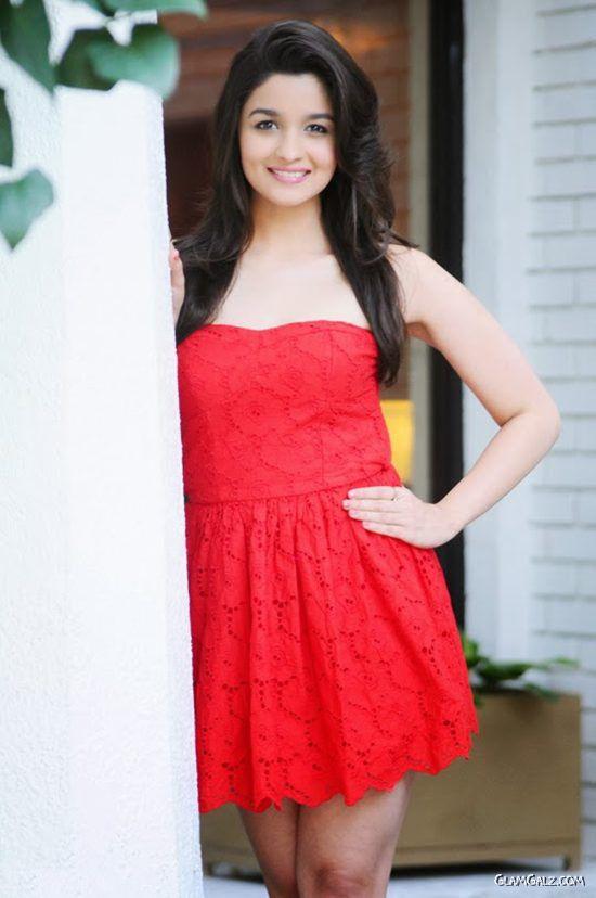Gorgeous Alia Bhatt In Red