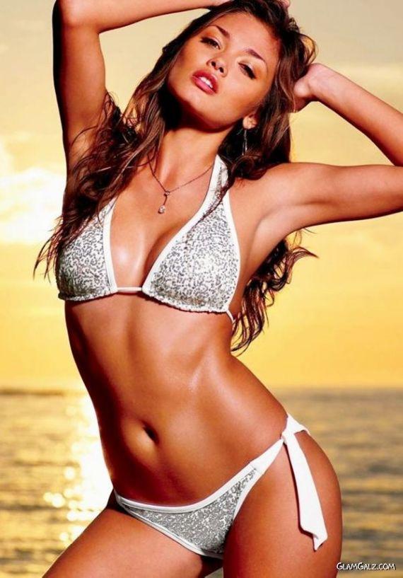 Columbian Model Karen Carreno