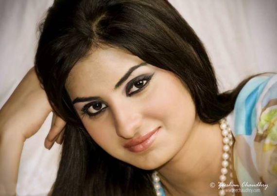 Beautiful Pakistani Actress Sataesh Khan