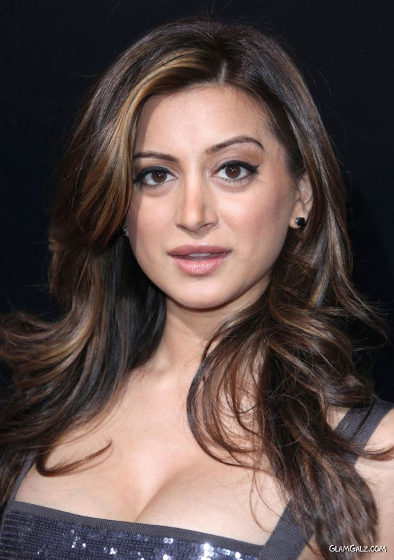 Face Of The Month - Noureen DeWulf