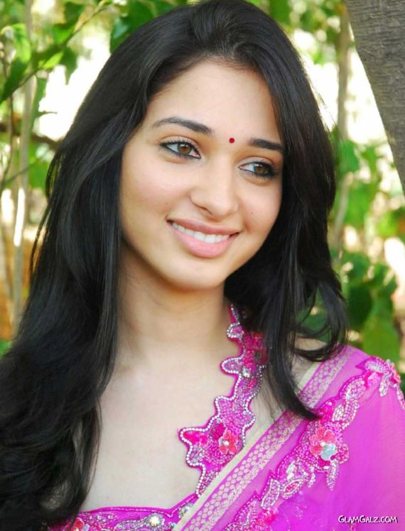 Gorgeous Tamanna Bhatia in Saree