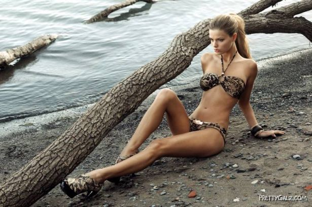 Danielle Knudson Exclusive Swimwear Shoot