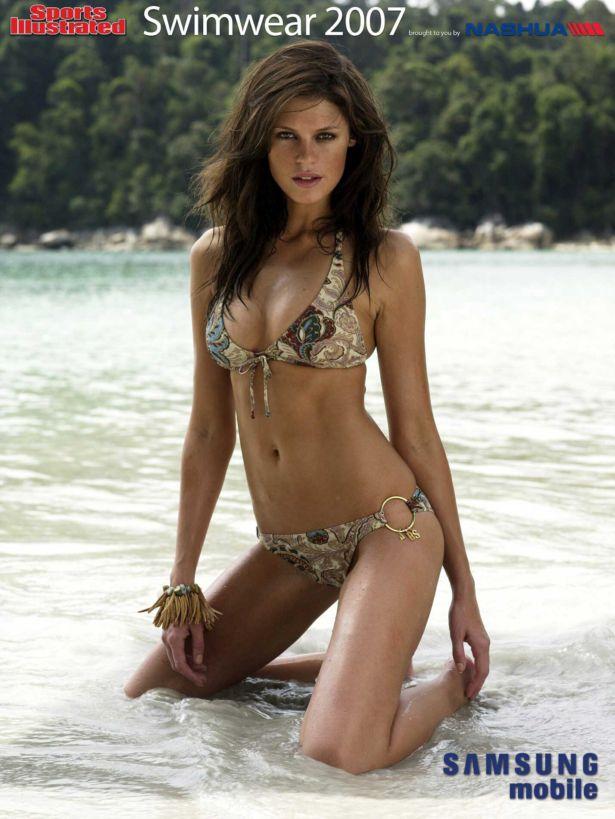 Dominique Piek Bikini Photoshoot