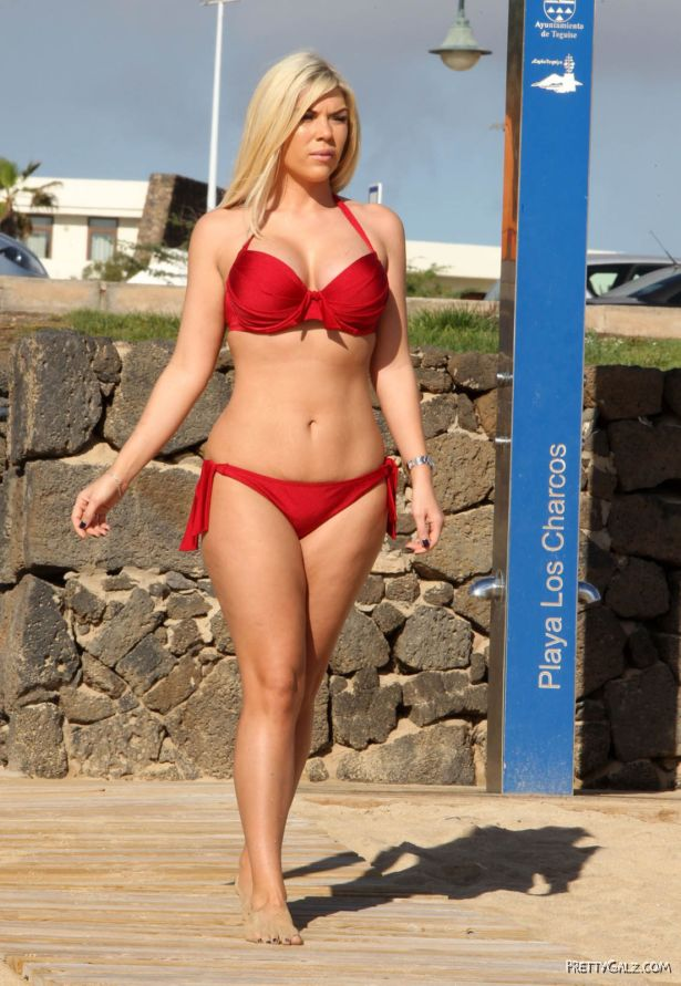 Beautiful Frankie Essex In Red Bikini