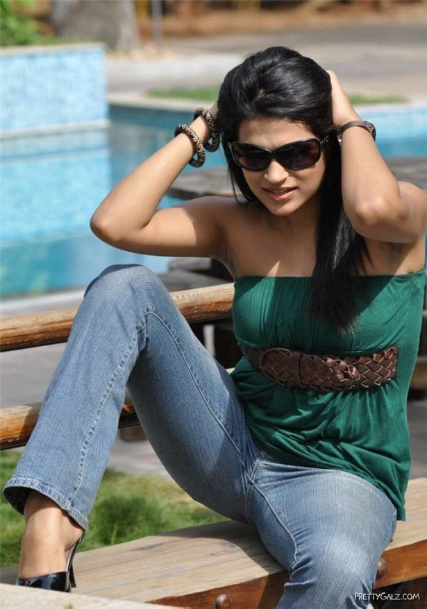 Tollywood Heroines In Stylish Sunglasses